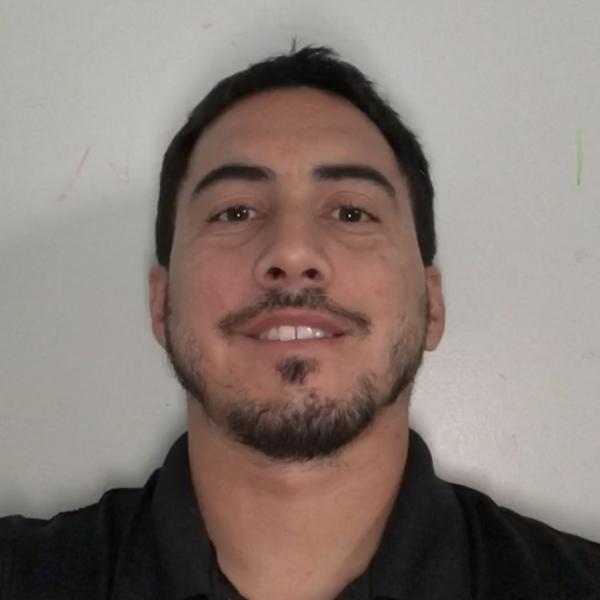 <b>Gio Ricardo</b>